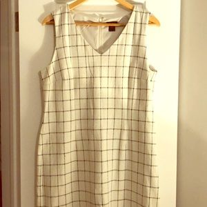 Ann Taylor Dresses - black and white Ann Taylor checkered dress